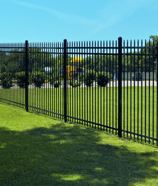 V 2 Spear Point 3 Rail Steel Commercial Spaulding Fence