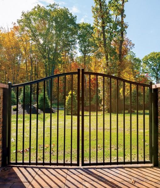 Estate Gate Bedrock