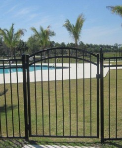 Residential Gates - Arched & Straight