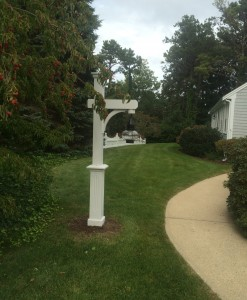 Cedar lamp post